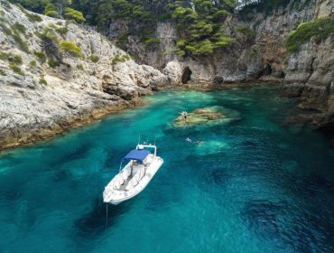 Speedboat Ragusa Cruise to Elaphiti Islands in Royal Hotels & Resort, near Dubrovnik Croatia