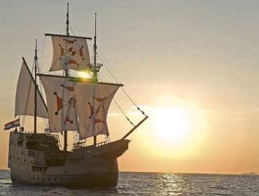 Sunset and Dinner Cruise on a Historic Merchant Ship of Dubrovnik Republic